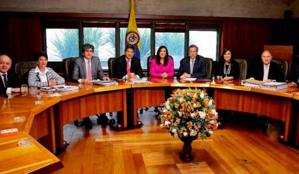 corte_constitucional_colombia-696x348
